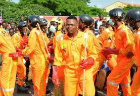 Excitements As Olamide Leads Street Sweepers In Sterling Bank's Skate & Clean initiative