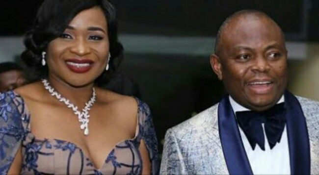 CEO, Nnamdi Okonkwo Turns Musician At Fidelity Bank's End Of The Year Party